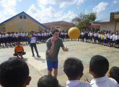 international-volunteer-soccer-coach-1